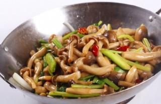 干鍋蟹味菇圖片